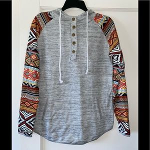 Aztec sleeve hooded pullover size small